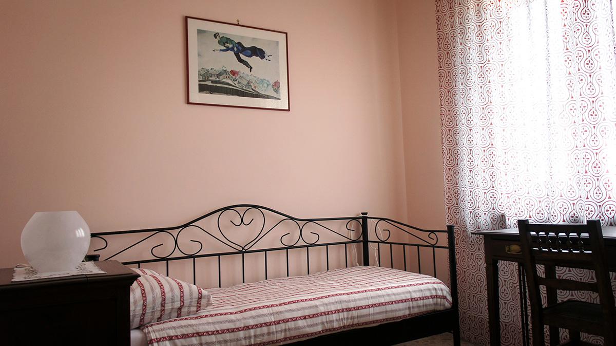 Camere Da Letto Moderne Rosa : Stanza rosa il piccione viaggiatore